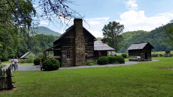 Cosby, TN: North Carolina - old farmstead