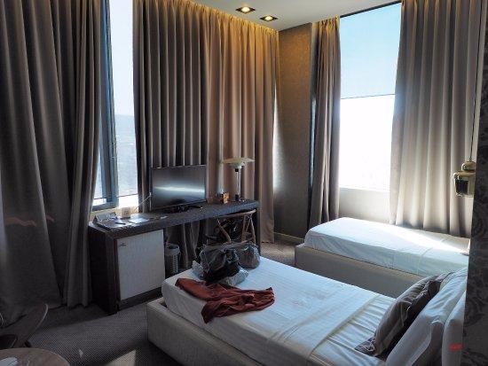 chambre twin - picture of la boheme hotel, tirana - tripadvisor
