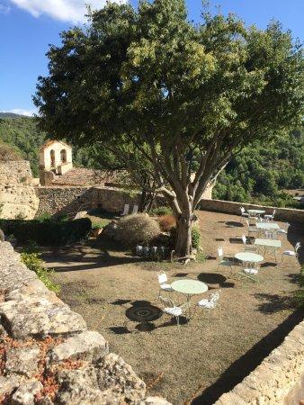 La Roque sur Pernes, فرنسا: La terrasse.