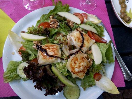 Ρήνος, Γαλλία: salade en entrée