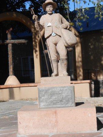 Chimayo, Nuevo Mexico: Statue at Santuario