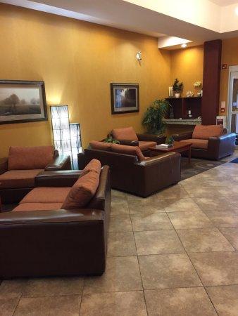 Holiday Inn Express Hotel & Suites Clarington - Bowmanville: photo0.jpg