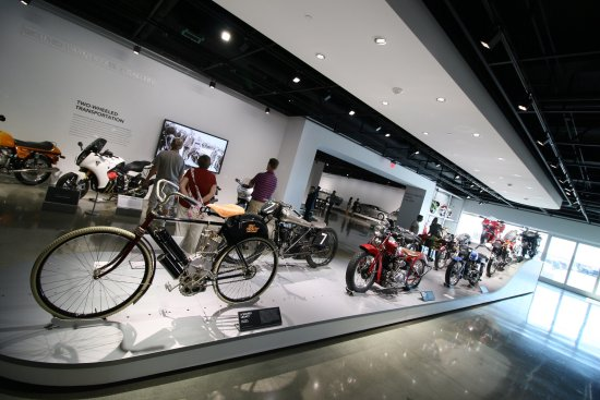 Toyota USA Automobile Museum: photo7.jpg