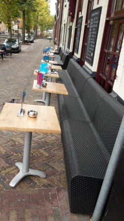 Gulden Vlies: the long bench