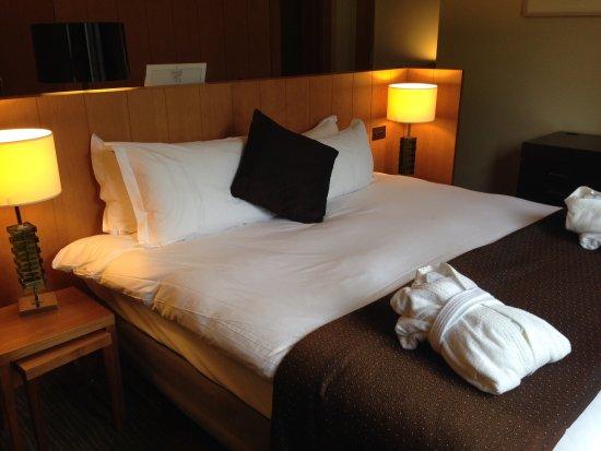Radisson Blu Farnham Estate Hotel, Cavan: Comfortable bed