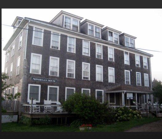 Monhegan Island, ME: Do not confuse the Monhegan House with the Island Inn!