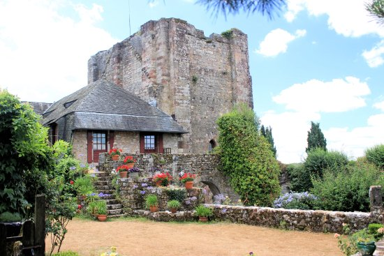 Turenne, ฝรั่งเศส: Vestiges de la tour carrée