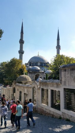 Eyüp Sultan Camii - Picture of Eyup Sultan Mosque (Eyup ...