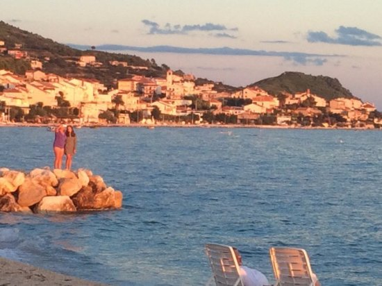 Podstrana, Croatia: Early evening vista from Amigos, a nearby restaurant