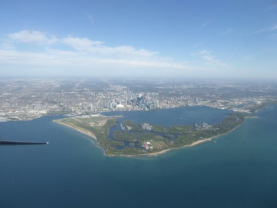 Making Waves Boatel: A view of Toronto as you fly in to the Island Airport (Billy Bishop)