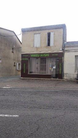 Coutras, Fransa: L'entrée du restaurant.