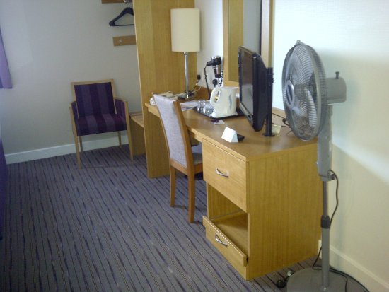 Premier Inn Manchester Airport (M56/J6) Runger Lane South Bild