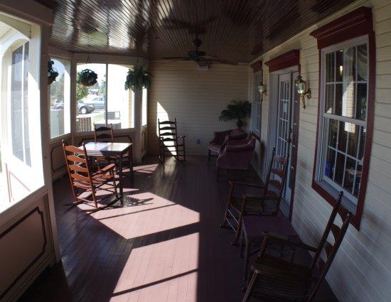 Sun Porch Picture of Auburn Inn Auburn TripAdvisor