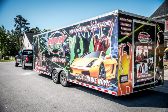 Cedar Point, NC: The Rockin' Game Truck!