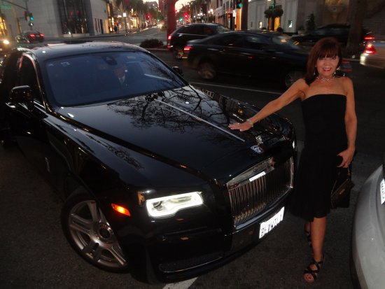 car service - rolls royce - picture of beverly wilshire beverly