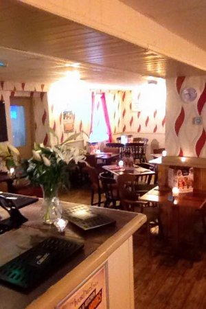 Tonypandy, UK: restaurant  2