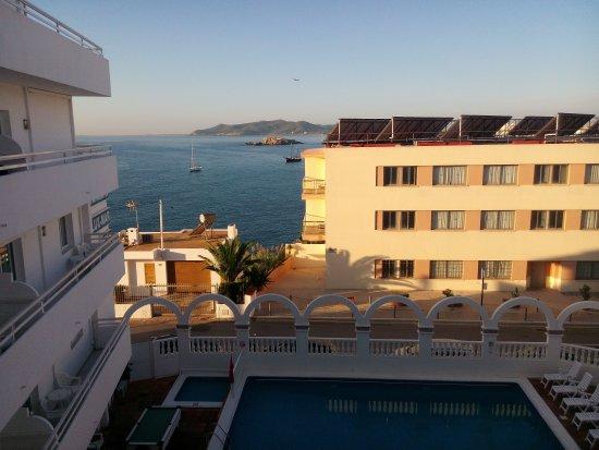 Hoteles Apartamentos Lux Mar : IMG_20161001_084922_large.jpg