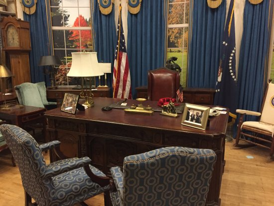 west wing oval office. Studio Tour Hollywood: The Set From West Wing Oval Office- Office C