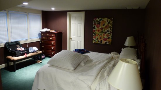 1906 Pine Crest Inn: Bedroom