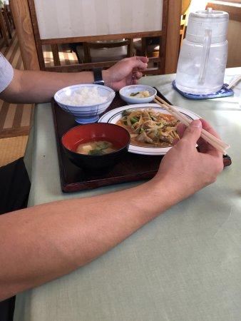 Date, Япония: 店構えとラーメン