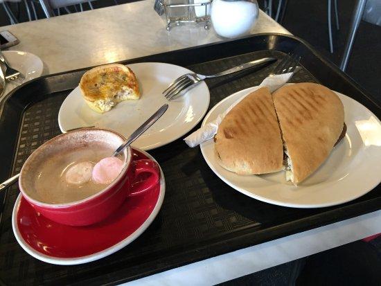 Global Byte Cafe: nice place