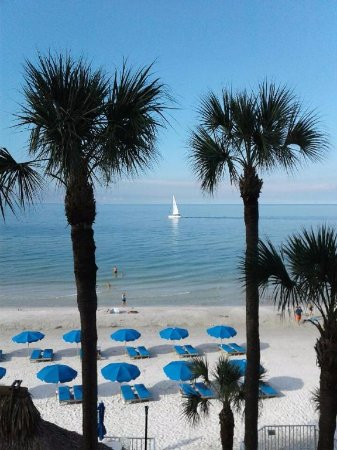 Doubletree Beach Resort by Hilton Tampa Bay / North Redington Beach: this was the view from our room