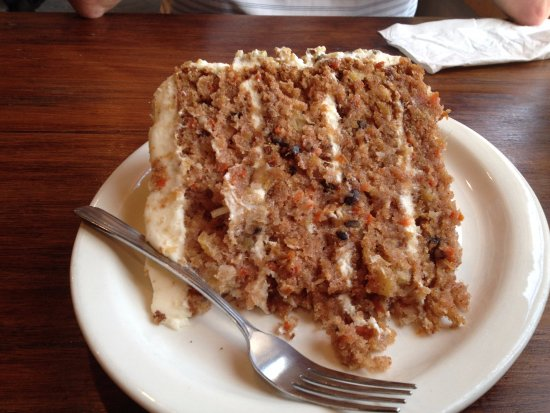 Paola, KS: Huge Carrot cake