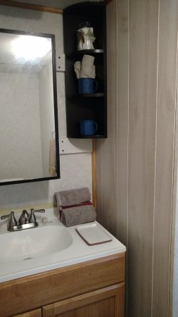 Ararat, VA: Updated vanity and toilet facilities in Cattle View Camper