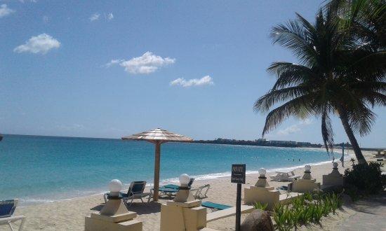 Mary's Boon Beach Resort and Spa: Playa ideal