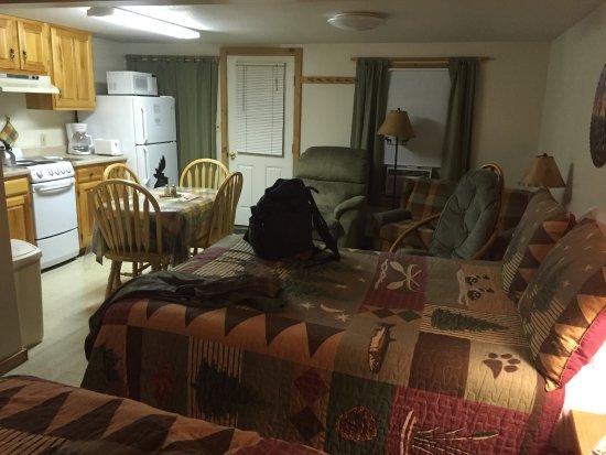 Pittsburg, NH: inside cabin
