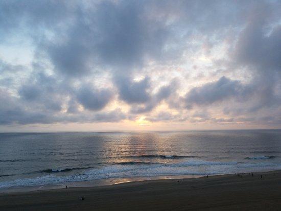Hampton Inn Virginia Beach-Oceanfront South: 20161002_070706_large.jpg