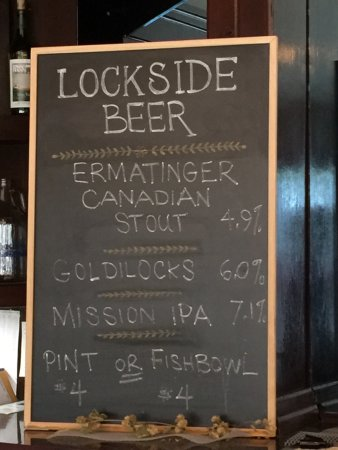 1668 Winery & Lockside Brewery