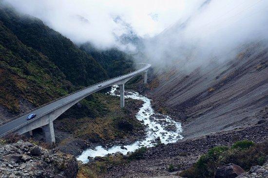 Arthur's Pass National Park, Nova Zelândia: A view of the viaduct