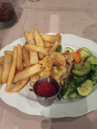 Golf'S Steak House: Golfs chicken w/linguine and chicken Neptune with steak fries