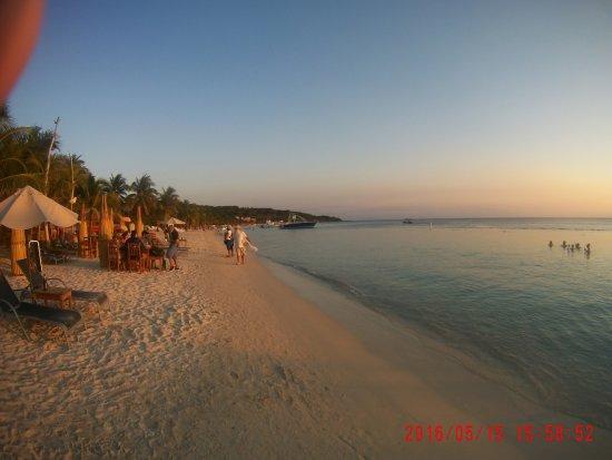 West Bay Beach: atardecer