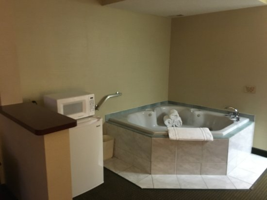 Hot Tub Picture Of Comfort Inn Suites Wilkes Barre Tripadvisor