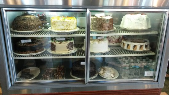 Elmwood Park Diner: Cakes