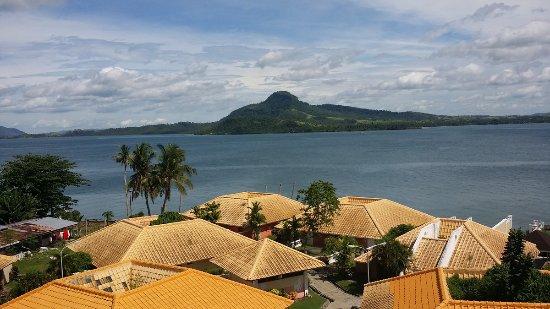 Leyte Park Resort Hotel: Uitzicht vanaf balkon richting Samar