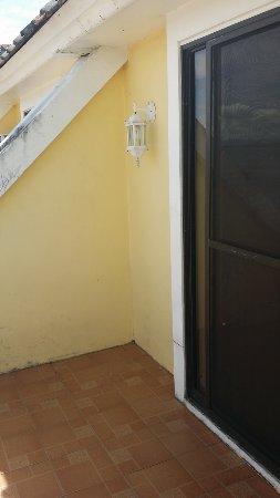 Leyte Park Resort Hotel: Balkon