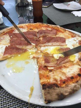 Sri Jayawardenepura, Sri Lanka: Dolce Italia Pizza