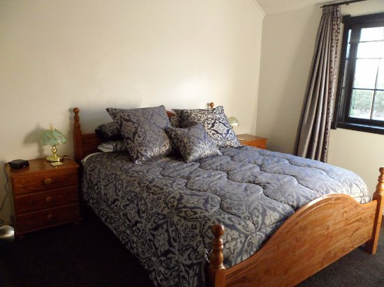 Cork & Keg : Two Rooms, Both with Double Beds