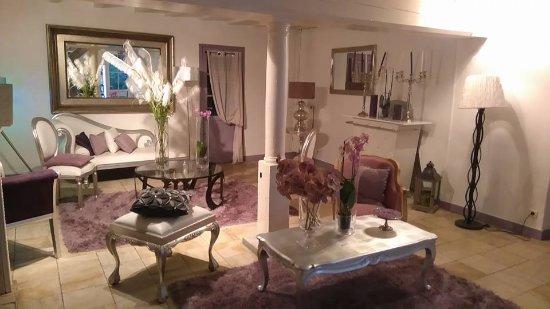 Pommeuse, Frankrike: petit salon d accueil