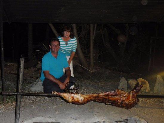 Poum, Nya Kaledonien: Dinner - pig on spit (set menu with wine).