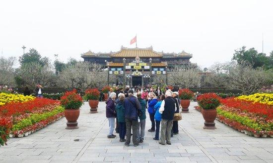 Vietnam Discovery Tours