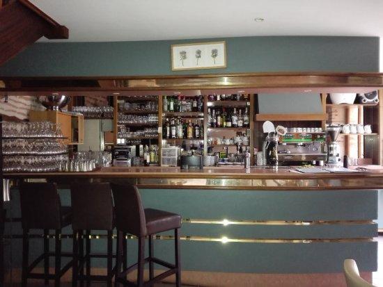 Le Temple-sur-Lot, Francia: le bar