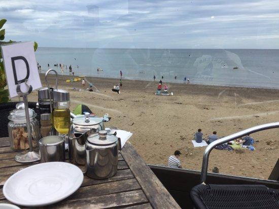 Sandside Cafe: Great views