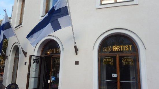 Swedish Theater (Svenska Teatern) : Café artist - localizado no térreo do teatro Finlandes