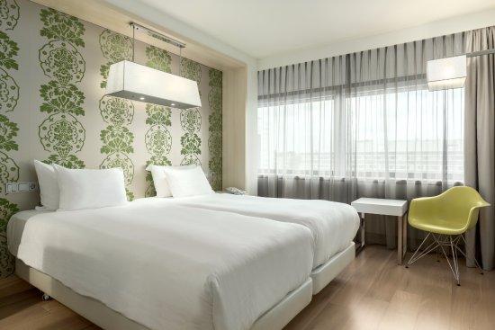 NH AMSTERDAM ZUID: Hotel prezzi 2018 e recensioni