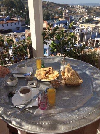 Casa Elias Chaouen: Завтрак