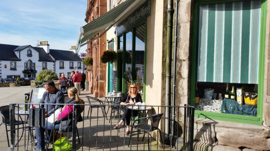 Abbey Fine Wines and cafe: Suntrap